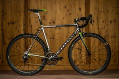 キャノンデール SUPERSIX EVO Hi-MOD TEAM: (c)cannondale