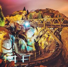 A little look into the seven dwarfs mine train! #WDW #Disney #WaltDisneyWorld  #HappiestPlaceOnEarth #CelebrateADreamComeTrue #CelebrateTheMagic #MyHome #WhereDreamsComeTrue #WishUponAStar #ItWasAllStartedByAMouse