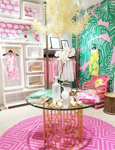 Lilly Pulitzer at the Mall at Green HIlls in Nashville, Tennessee