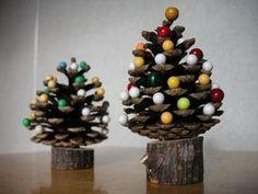 松ぼっくり工作 Christmas Crafts, Christmas Decorations, Xmas, Christmas Tree, Harry Potter Bedroom, Pine Cones, Dried Flowers, Diy For Kids, Presents