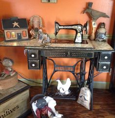 Old Singer & Primitive Collectibles....