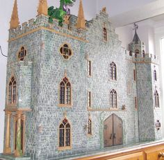 I think this is the most awesome dollhouse I've seen yet!