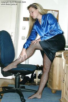 Nylons, Pantyhose Legs, Blouse And Skirt, Blouse Dress, Silk Satin, Blue Satin, Fully Fashioned Stockings, Fishnet Stockings, Satin Blouses