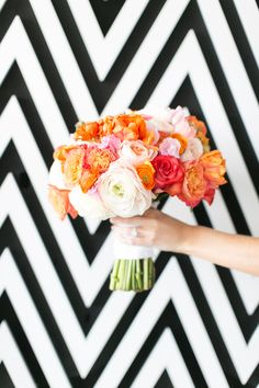 Geometric wedding black and white wallpaper flowers wedding bouquet, wedding inspiration