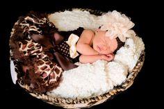 SET- Giraffe Infant Outfit