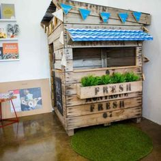 Castle-and-Cubby-Recycled-Apple-crate-Cubby-2(pp_w768_h512)