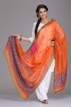 I love this dupatta! Stunning Orange Chanderi Dupatta With Multicoloured Phulkari Embroidery Punjabi Fashion, Ethnic Fashion, Bollywood Fashion, Asian Fashion, Patiala, Salwar Kameez, Churidar, Salwar Suits, Punjabi Dress