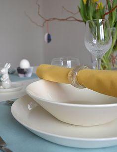 #paastafel #eastertable Cottona Table Textiles cottona.com