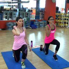 En este vídeo de Telva, Gloria y Amaya Fitness, totalmente equipadas de LJ, nos explican cuál es el mejor entrenamiento para tus glúteos... ¡En sólo en 8 minutos! No te lo pierdas ;)