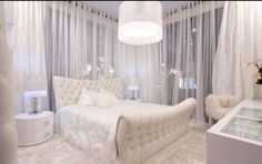 Obsessed with white decor