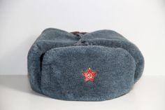 Vintage original Soviet Military winter capушанка von SovietGallery