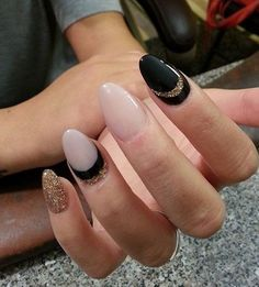 nice 40 Gorgeous Crescent Moon Nails | Art and Design