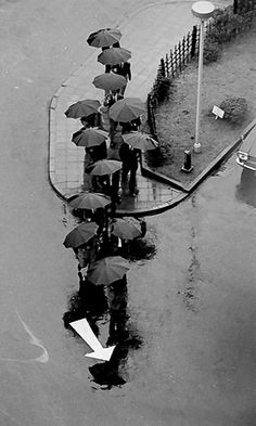 Rainy Day.. Tokyo (1968), Japan | André Kertész - Photography