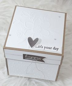 Explosion field on your birthday … – frooschmidtstempelt Scrapbook Box, Vintage Scrapbook, Scrapbooking, It's Your Birthday, Birthday Cards, Birthday Box, Easy Paper Crafts, Diy Crafts, Explosion Box