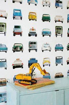Studio Ditte_autobehang_behang http://www.stylingmatch.nl/blog-behang/51-blog-hip-kinderbehang