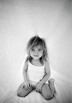 children photography Good idea for a childs photo session: Blanket/pillow fort Lifestyle Photography, Children Photography, Family Photography, Portrait Photography, Smiling Photography, Cute Kids, Cute Babies, Pink Sugar, Beautiful Children