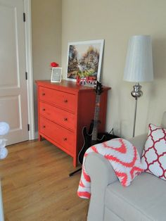 girl's room / chest of drawers ikea hemnes