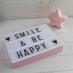 Smile & be happy ♡ Light Box Quotes Funny, Light Quotes, Message Light Box, Cinema Box, Lead Boxes, Cosy Room, Led Light Box, Light Board, Boxing Quotes