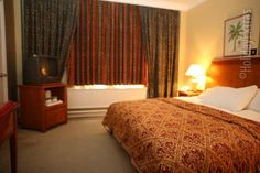 Stanneylands Hotel Manchester- The century origins of the hotel combine vintage refinement with modern amenities such as the free wifi throughout, allowing you to escape the day-to-day without ever being out of touch. Manchester Hotels, Airport Hotel, Out Of Touch, Free Wifi, 16th Century, Origins, Relax, How To Plan, The Originals