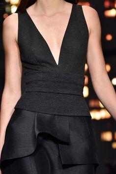 Donna Karan Fall 2015 Runway Pictures - StyleBistro