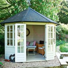 Charming Modern Outdoor Home Office Sheds Ultra Modern Backyard Shed with Skylights Pop Up Room Summer House Ideas – Garden Shed – Summer House for Garden. Garden Shed Interiors, Summer House Interiors, Backyard Sheds, Modern Backyard, Patio Pergola, Gazebo, Summer House Garden, Home And Garden, Summer Houses
