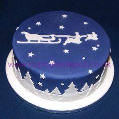 Made using PME cutters. Fondant Christmas Cake, Xmas Cakes, Christmas Cakes, Christmas Sweets, Blue Christmas, Christmas Goodies, Christmas Baking, Christmas Cake Designs, Christmas Cake Decorations