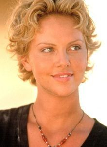 Charlize Theron is a goddess of pixie hairstyles! So we have rounded up best images of Charlize Theron Pixie Haircut for you to get inspired by her fabulous Short Curly Haircuts, Short Wavy, Curly Hair Cuts, Wavy Hair, Short Hair Cuts, Curly Bob, Curly Hair Styles, Natural Hair Styles, Pixie Haircuts