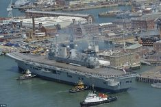 HMS Illustrious sails into Portsmouth for last time before retirement Hms Illustrious, Royal Navy Aircraft Carriers, Uk Navy, Capital Ship, Flight Deck, Navy Ships, Portsmouth, Battleship, Sailing