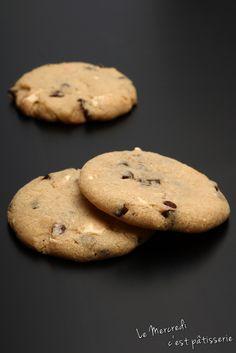 Le mercredi c'est pâtisserie: Cookies au chocolat blanc et noir de Laura Todd