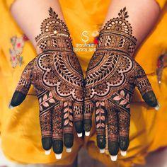 Top Simple Mehndi Designs - Easy-Peasy Yet Beautiful! Hena Designs, Rose Mehndi Designs, Latest Henna Designs, Simple Arabic Mehndi Designs, Back Hand Mehndi Designs, Modern Mehndi Designs, Mehndi Design Pictures, Mehndi Designs For Girls, Mehndi Designs For Fingers