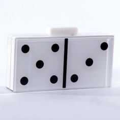Domino perspex clutch; White and black domino handbag; clutch dominó; AC Brazil  shop online  compre online  www.acbrazil.com