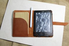 FREE SHIPPING UK - Kindle case - Kindle Voyage case - Kindle cover Handmade thick italian leather Ruggine colour - Handmade by Valentina