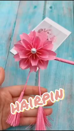 Paper Folding Crafts, Cool Paper Crafts, Paper Flowers Craft, Diy Crafts For Gifts, Crafts To Do, Diy Paper, Instruções Origami, Origami Videos, Paper Crafts Origami