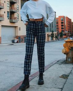 vintage outfits male vintage outfits plus size vintage outfits grunge Style Année 90, Looks Style, Mode Style, Emma Style, Cute Casual Outfits, Winter Outfits, Summer Outfits, 90s Fashion, Fashion Outfits