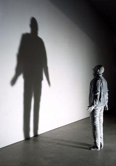 Towards the Shadow – Juan Muñoz