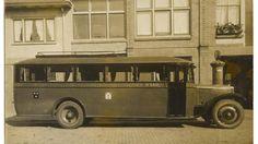 Nieuwe autobus voor de verbinding Breda-Roosendaal aangeschaft door het bedrijf van de heer Chr. van Ravesteijn in Breda. 8.50 lang, 2.30 breed