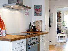 Un apartamento nórdico en tonos fucsia LOVE IT!