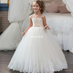 New Girls Ball Gown White Flower Girl Dresses For Wedding Tulle Appliques Lace Buttons Back Children Long Holy First Communion Dresses 2017 Flower Girl Dresses Cheap First Communion Dresses Online with $78.0/Piece on Sweet-life's Store | DHgate.com