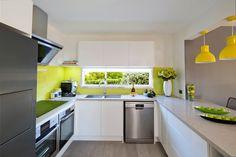 Caesarstone Concrete-look Kitchen Wows the Judges on House Rules Old Kitchen, Kitchen Dining, Kitchen Cabinets, Kitchen Colour Schemes, Kitchen Colors, Caesarstone Concrete, Kitchen Collection, Modern Kitchen Design, Stylish Kitchen