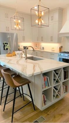 Maple Cabinets, White Kitchen Cabinets, Home Decor Kitchen, Kitchen Design, Kitchen Ideas, Kitchen Island Lighting, Beautiful Kitchens, Granite Countertops, Home Remodeling