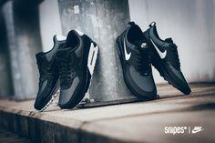 Nike Air Max 90 & Air Max Thea