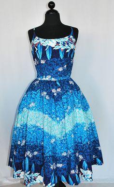 Vintage 50's Kamehameha Hawaiian Party Dress 1950s