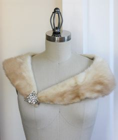 Google Image Result for http://www.thethirtysomethingbride.com/resource/Windows-Live-Writer-Fur-Stole-Product-of-the-Week_7349-%3FfileId%3D13609106