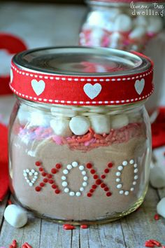 Valentine Day Gift Idea- wonder if the baby food jars are too small. My Funny Valentine, Valentine Day Love, Valentine Day Crafts, Valentine Ideas, Baby Jars, Baby Food Jars, Food Baby, Love Surprise, Jar Gifts