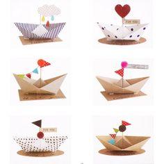 Etiquette cadeau bateaux Happy Birthday pois