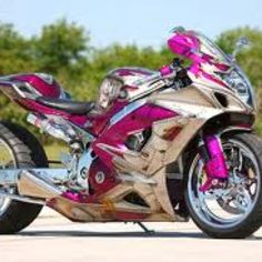 A pink GSXR!! I need this on my driveway.