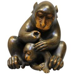 Antique Japanese Carved Wood Okimono of Mother and Baby Monkeys 1
