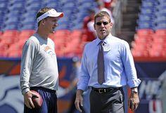 Peyton Manning talks with former Dallas Cowboy quarterback Troy Aikman ...