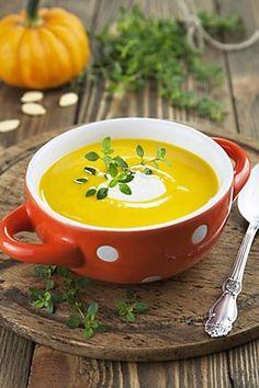 Recept : Podzimní dýňová polévka   ReceptyOnLine.cz - kuchařka, recepty a inspirace Cheeseburger Chowder, Food And Drink, Pudding, Cooking, Desserts, Recipes, Soups, Kitchen, Tailgate Desserts