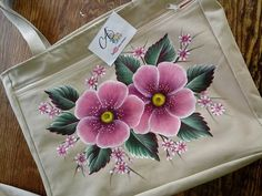 Fabric Paint Designs, One Stroke Painting, Painted Clothes, Flower Tattoo Designs, Cloth Bags, Fabric Painting, Olives, Flower Art, Embroidery Designs